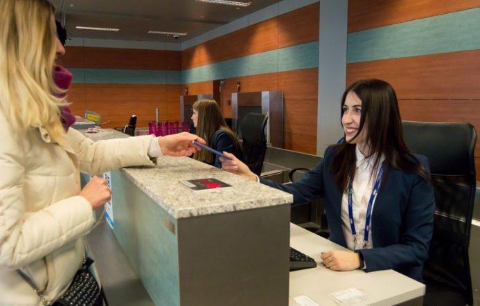 Регистрация в аэропорту: какие авиакомпании в Украине взимают плату за получение посадочного талона