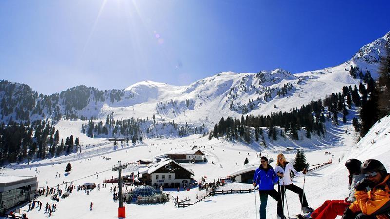 Сарыкамыш — горнолыжный курорт Турции, где сезон длится с конца октября до середины апреля